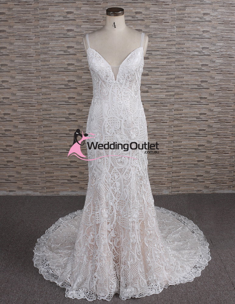 Autumn vintage lace champagne wedding dress for Wedding dress champagne lace