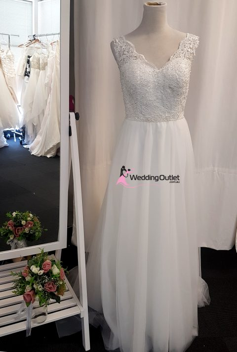 Florence Beach Bridal Gown Simple