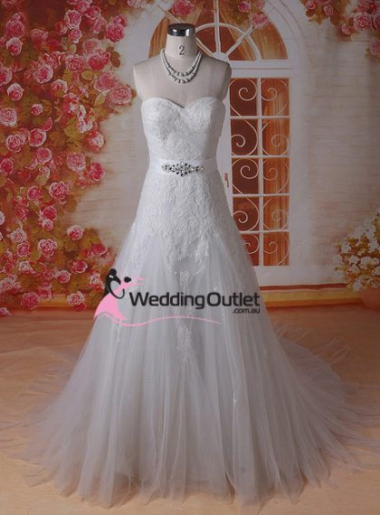 Janice Strapless Semi Aline Wedding Dress