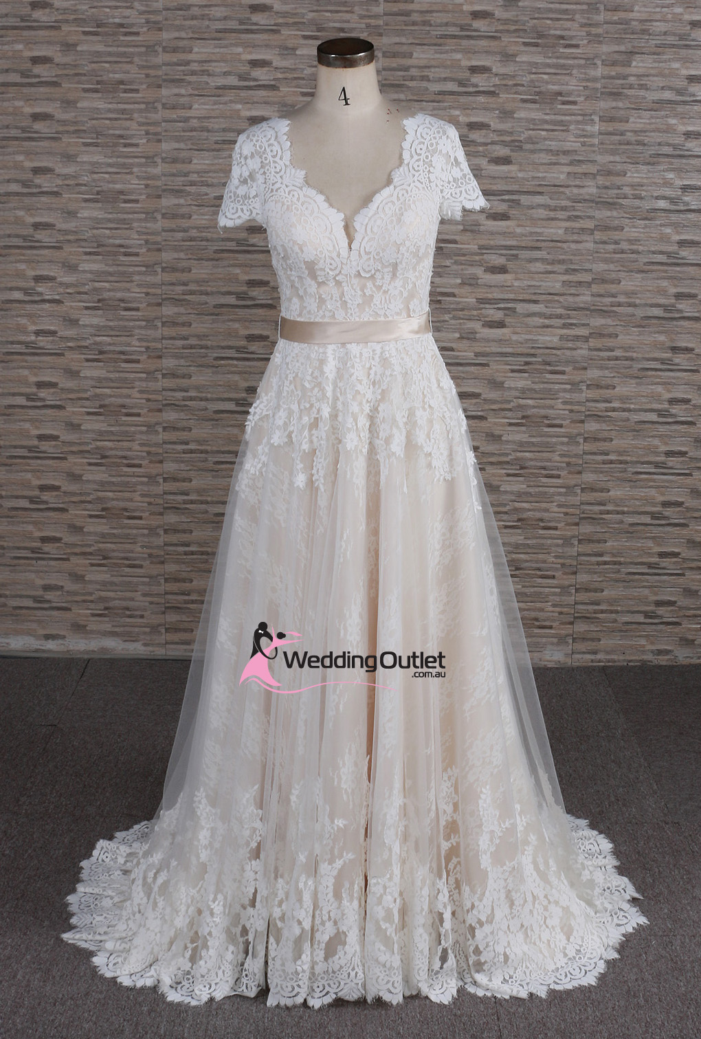 Amalfi Boho Vintage Beach Lace Wedding Dress - WeddingOutlet.com.au