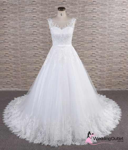 Matera Aline Soft Lace Wedding Dress