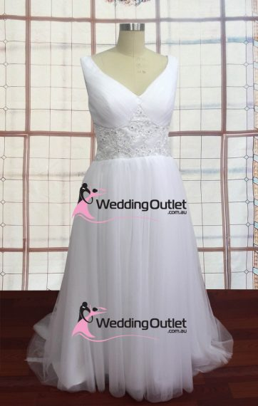 Brooke Sleeved Backless Laced Wedding Dress