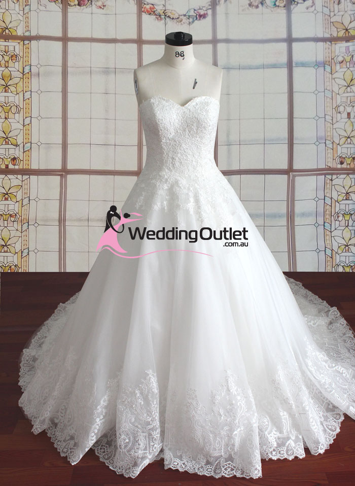 Maria strapless lace princess gown