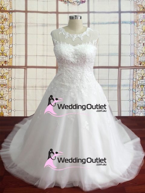 Keely boat neckline lace tulle wedding dress