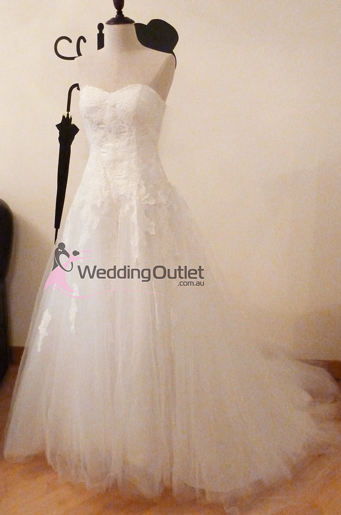 Myra lace wedding dress