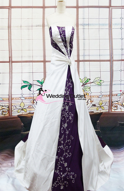 Emily purple and white wedding dress weddingoutlet emily purple and white wedding dress junglespirit Image collections