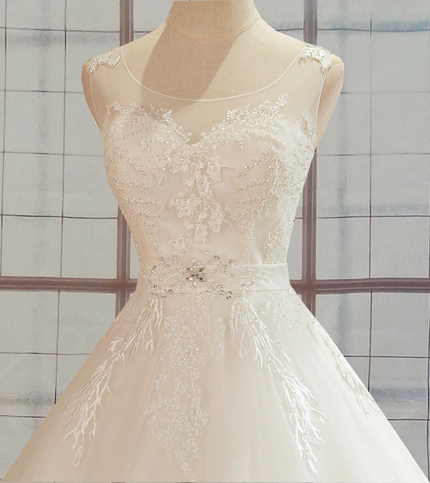 Aline Wedding Gown: Autumn Aline Wedding Dress With Unique Lace