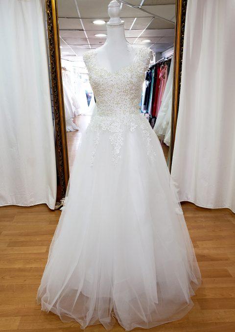 Greta Sleeved wedding dress with pearls