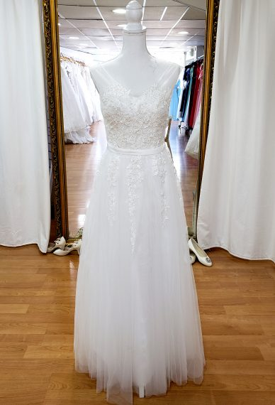 Martina Sleeved beaded wedding dress beach