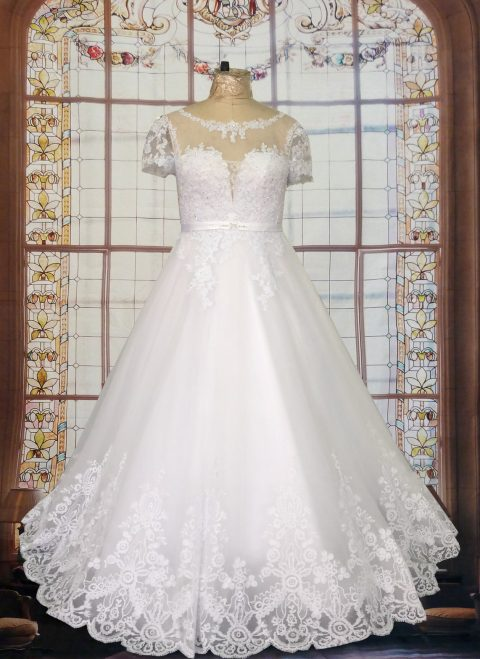 Luna Cap Sleeve Wedding Dress