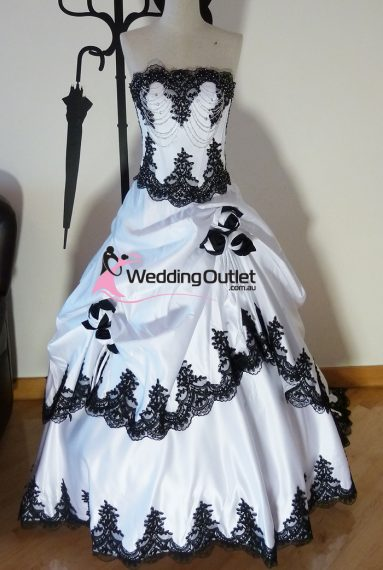 Scarlett Black and White wedding dress