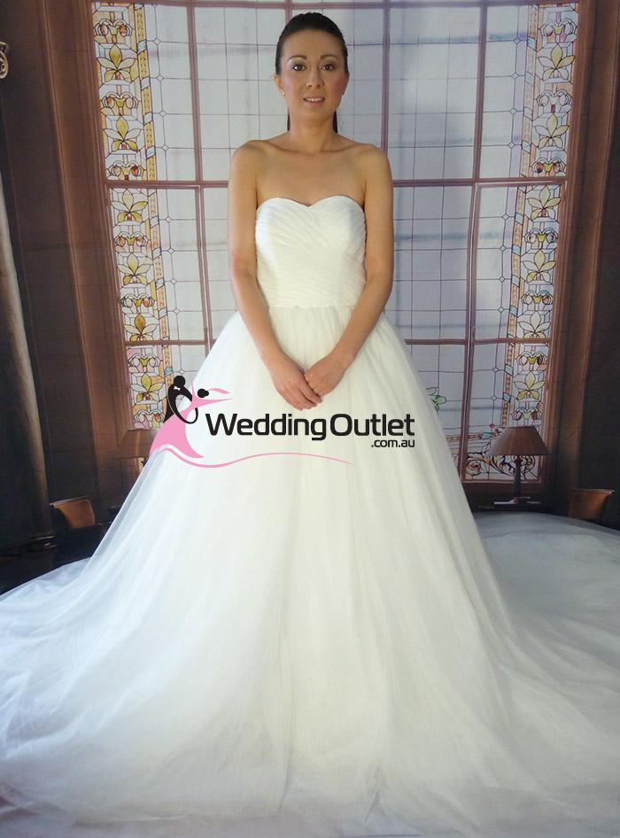 Alexia elegant princess wedding dress for Wedding dresses online australia