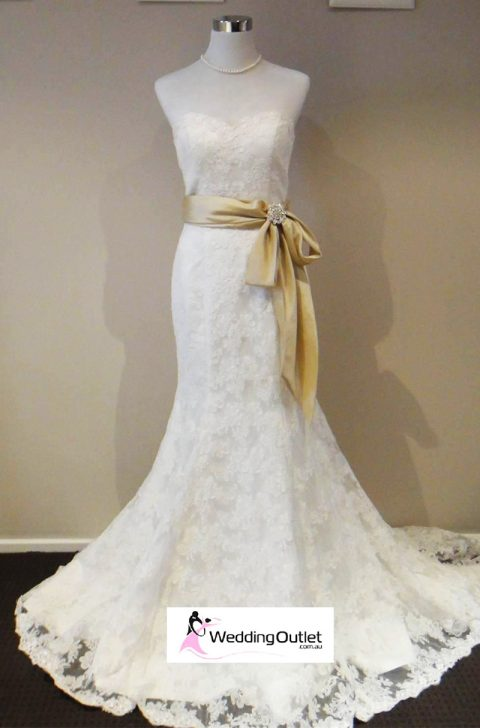 Felicity Lace bridal gown vi-88