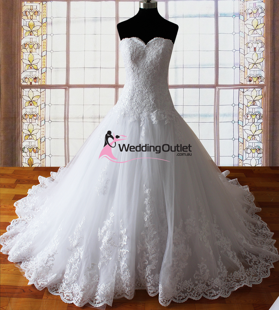 Wedding Gowns Outlet: Harper Strapless Lace Princess Wedding Dresses