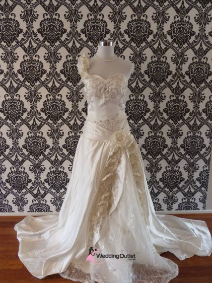 Juliet wedding dress bg-90