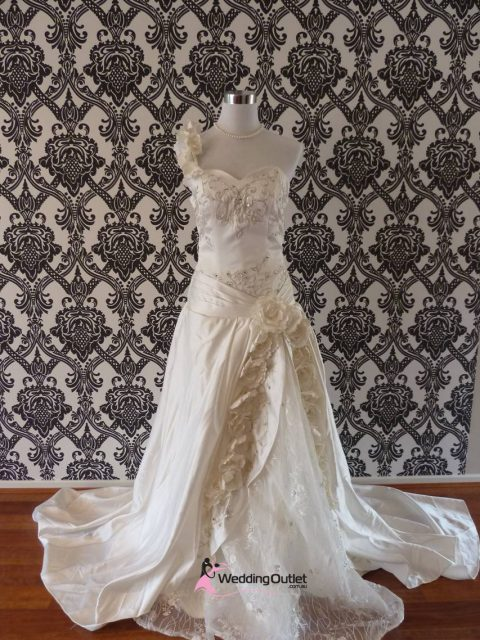 Juliet wedding dress bg-90