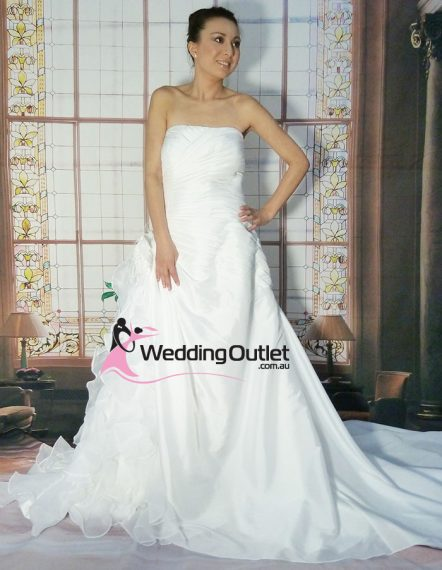 Laura Plus Size wedding dress