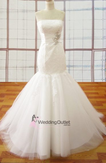 Carissa Mermaid trumpet Wedding Gown