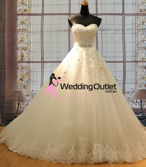 Tiffany wedding dress with lace with beading and belt